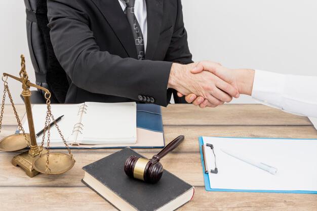 Donde estudiar licenciatura en derecho