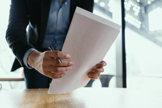 Contrato de licenciatura en derecho